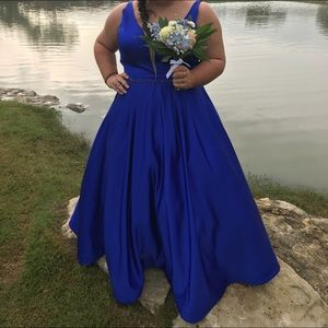 Royal Blue Sherri Hill prom dress 22